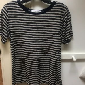 Casual t-shirt style top